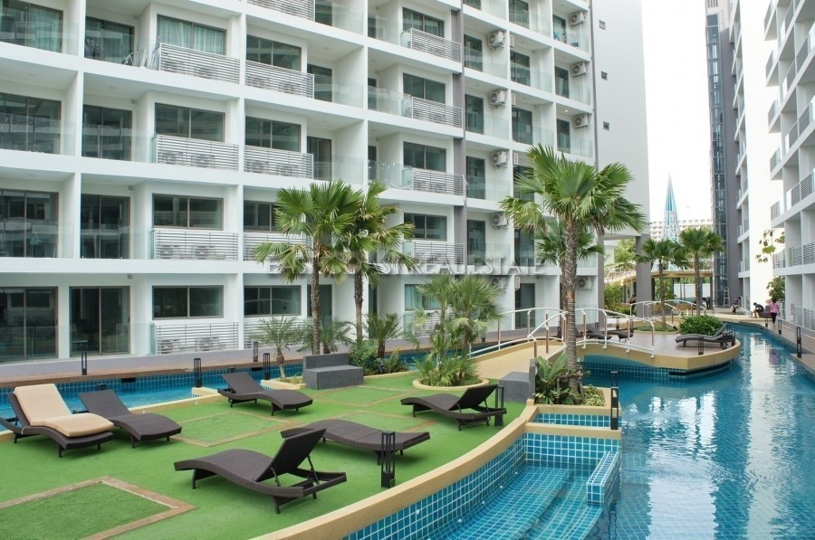 laguna-beach-resort-condo-pattaya-59390f256d275e704500002a_full
